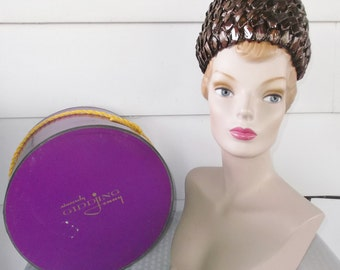 1960s Vintage Brown Bee Hive Hat and Original Box from Gidding Jenny Pauline Druly Estate