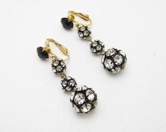Long Rhinestone Earrings Dangly Black Clip On Vintage Jewelry E6594