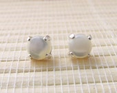Mother Of Pearl Stud Cabochon Sterling Silver Earrings June Birthstone 6mm