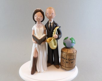 Unique Cake Toppers - Bride & Groom Personalized Wedding Cake Topper