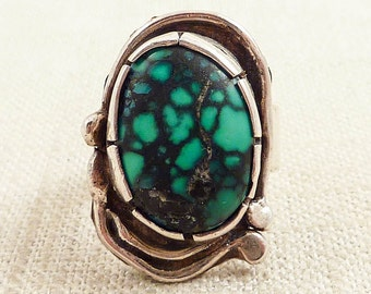 Size 6.5 Vintage Native American Handmade Sterling and Matrixed Oval Turquoise Ring