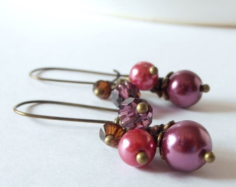 Sangria Bridesmaid Jewelry, Pearl Cluster Earrings with Crystals, Boho Wedding Jewelry, Beaded Dangles, Bridesmaid Earrings, Purple and Pink