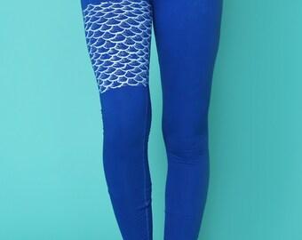 organic yoga clothing // colorful leggings // mermaid leggings // yoga pants