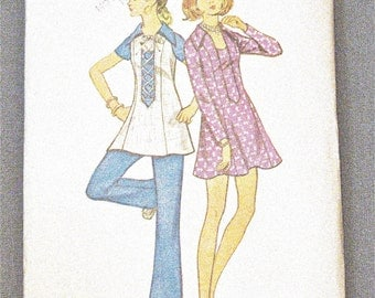 ff  Butterick 5815 Shaped A-line dress, in micro mini or mini length  1970s Vintage Sewing Pattern Uncut Factory Folded  Bust 36