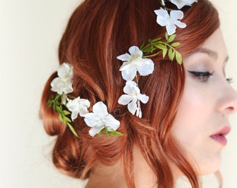 White flower hair vine, Bridal headpiece, Wedding hair accessory, floral hair clip by Gardens of Whimsy - Lore