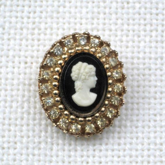 Custom Cameo Resin Pins Diy: Coro Cameo Brooch Rhinestones Black White Resin Lady Pin