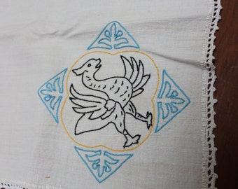 "Tablecloth Hand Embroidered Assisi Dragon Folk Animal Small 26"" x 28"" VINTAGE by Plantdreaming"