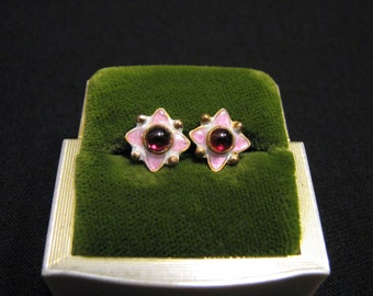Vintage Sterling Silver Gold Plated Red Garnet and Pink White Enameled Star Stud Post Pierced Earrings