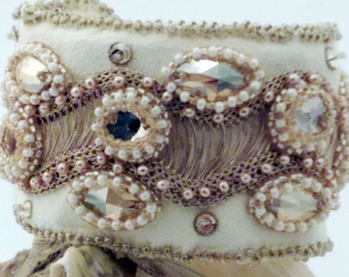 Cream Brulee Embroidered Cuff
