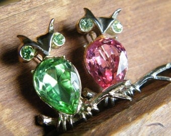 Dodds Owl Pair Rhinestone Brooch Pink and Peridot Vintage Pins