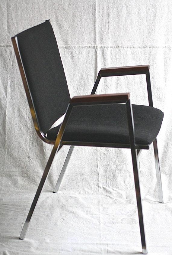 Mid century modern chrome chair black upholstery wood arms