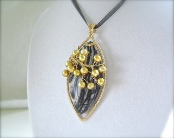 Black Silk Stone Pendant, Gold, Wire Wrapped, Freshwater Pearl, Black and White, 936