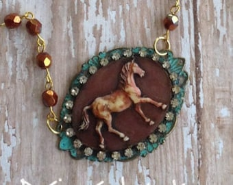 Country Chic Giddy Up Horse Necklace Set
