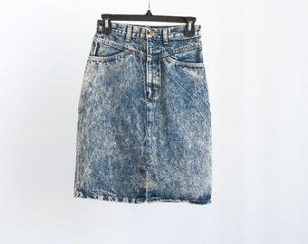 Vintage 80s 90s Acid Wash High Waist Midi Pencil Skirt with Pockets
