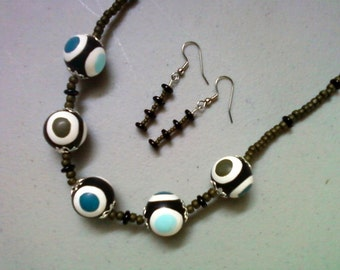 Chunky Spotted Necklace and Earrings (0413)