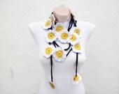 Daisy crochet Lariat Scarf, Flower Scarf,Long Necklace