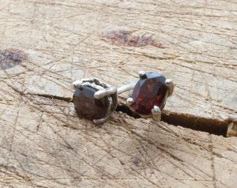 Garnet Earrings, 925 Silver Stud Red Earrings, Unisex Small Natural Garnet Classic Earrings, January Birthstone Earrings Gift, Mens Earrings