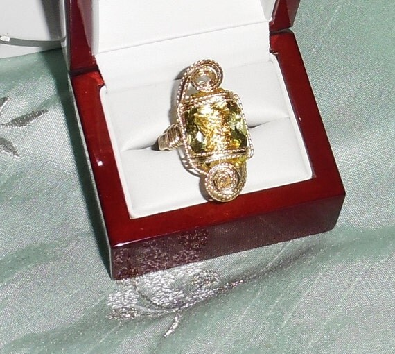 14 ct Natural Cushion CKB cut Lemon Quartz gemstone, 14kt yellow gold Ring Size 8