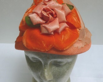 SALE - Vintage Summer Hat - Applied Fabric Leaves and Rose Corsage - Apricot Color H8NC
