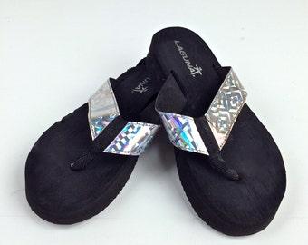90's Hologram Flip Flops Sandals // 7.5