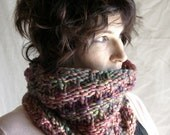 PDF hand knitting pattern for 'Round and Round' a single hank Malabrigo Rasta Cowl