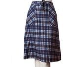 Vintage 50s plaid wrap skirt -- midcentury skirt -- A-line skirt tie waist -- size xs / small