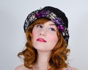 1920s vintage hat / lace cloche / Posies