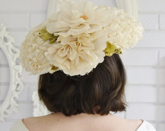Vintage Off-White Cream Raffia Large Brim Hat with Flower by G Howard Hodge