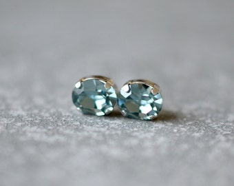 Denim Blue Sapphire Stud Earrings Swarovski Crystal Blue Studs Earrings Blue Super Sparklers Vintage Mashugana