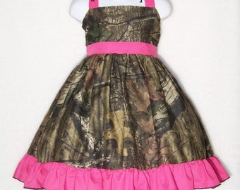 CAMO Halter Dress / Mossy Oak + Hot Pink / Flower Girl / Wedding / Pageant / Infant / Baby / Girl / Toddler / Custom Boutique Clothing