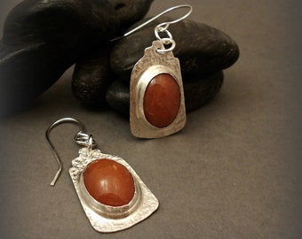 Sterling Silver Pueblo Earrings with Oval Carnelian Stone Cabochons