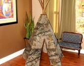 Ready to ship!!!! Real Tree camo 5 sided teepee tent with dark stained wooden polls
