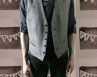 1980s Vintage Kenzo Men's Grey Houndstooth Plaid Wool Vest Medium