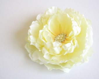 Yellow Hair Clip, Bridal Yellow Hair Flower, Yellow Peony Headpiece, Garden Wedding Fascinator, Peony Hair Piece, Wedding Hair Accessory