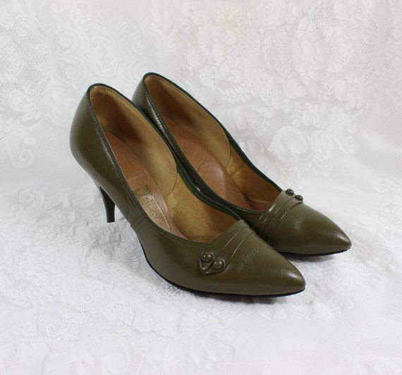 s shoes pumps moss olive green leather size 8 m