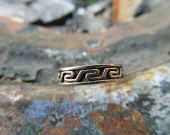 Sterling Silver Toe Ring Band Engraved Greek Key Design Band