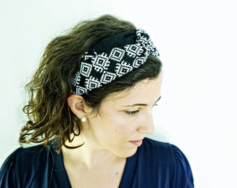 Black and White Patterned Handwoven Wild Tussah Textiles Turban Headband