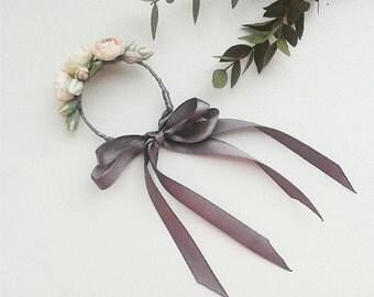 Floral womens bracelets, wrist corsage, unique jewelry, bridal bracelet, bridal flower bracelet, wedding bracelet, rose bracelet