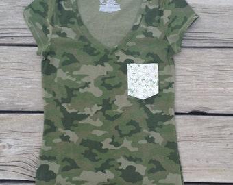 Daisy Camouflage Pocket Tee