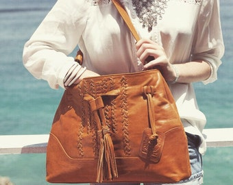 DREAMCATCHER. Tan leather bag / leather shoulder bag / boho leather tote bag / tan leather purse/ hobo. Available in different leather color