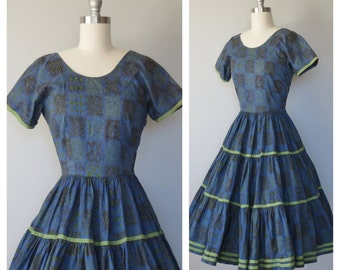 50s cotton dress size small / vintage batik print dress / 50s square dance dress