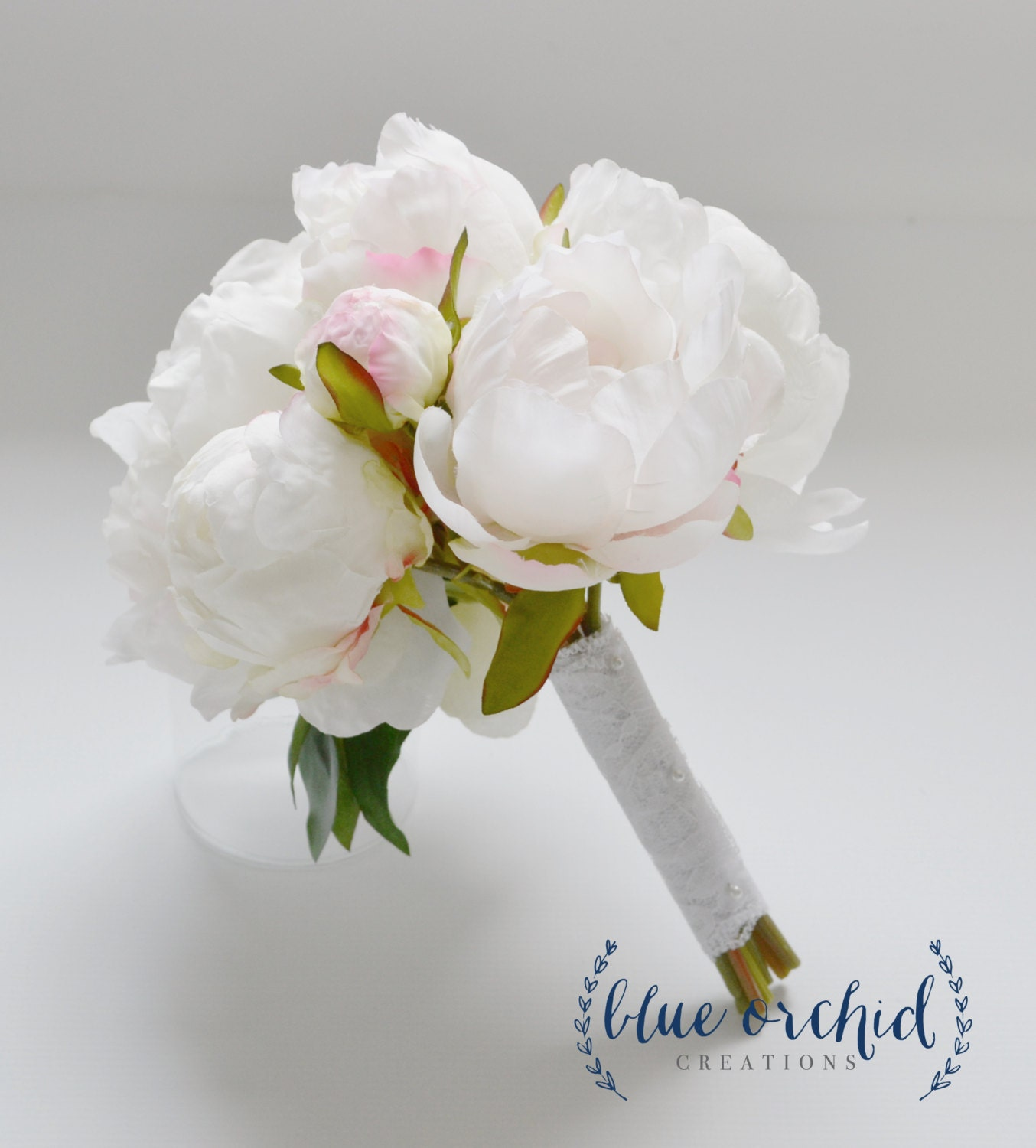 Small white peony bouquet in cream