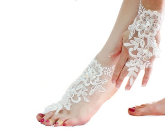 White Gothic Wedding Beaded Barefoot Sandal, Lace boot, Gothic shoes, Goth Clothing, Victorian Beach sandals, Nude Shoes, Sexy, Foot thong