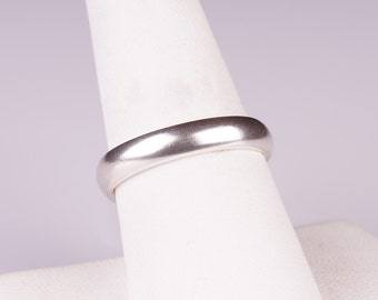 Simple Sterling Silver 4mm Comfort Fit Band Ring