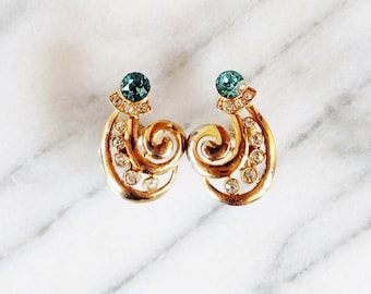 Vintage Blue Rhinestone Unique Swirl Screwback Earrings