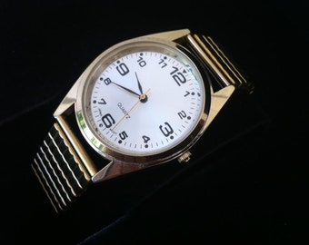 Vintage Men's Watch, Seiko A7-01 Movement, 1980s Gold Color Quartz Battery, Stainless & Plated Metal, Retro Styling, FREE SHIPPING !!!!!