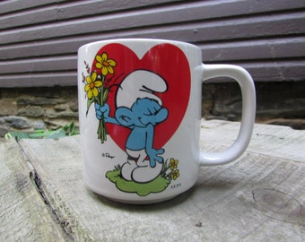 Smurf Coffee Mug 1981 Vintage Heart and Flowers. Peyo. Wallace Berry & Co. Inc. 7507 Made in Korea