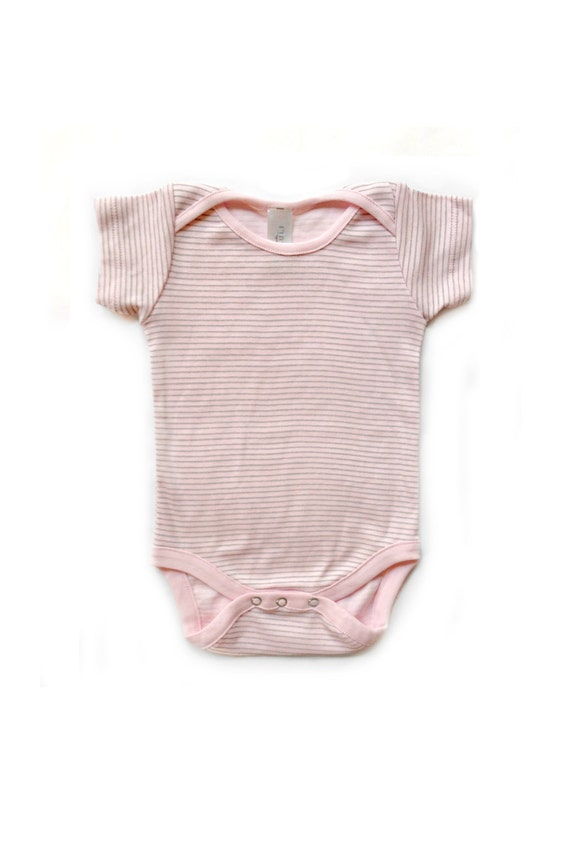 Visit Baby Lulu for unique and beautiful baby clothes. Shop our designer baby clothes, baby girl clothes and children's clothing collections to celebrate the growth and joy of childhood. Shop Today!