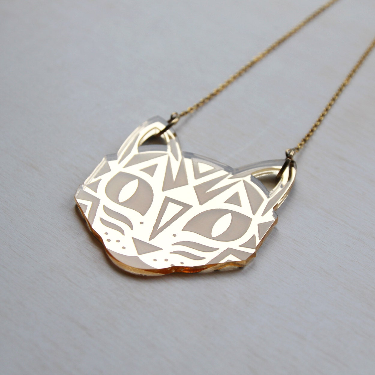 Laser Engraved Gold Mirror Acrylic Cat Face Pendant Necklace