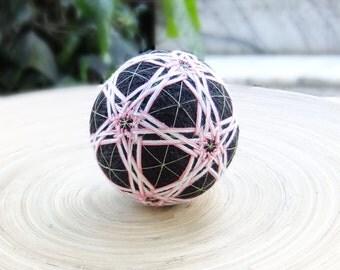 Seljuk-Inspired Flower Pattern Temari Ball Japanese Fiber Art Decoration